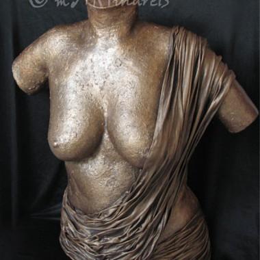 Halbtorso mit Draperie, Bronzeoptik