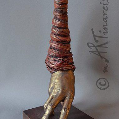 ´Einsiedlerkrebs´ - Handskulptur in Mischtechnik