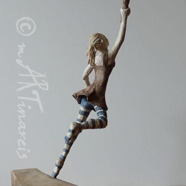 ´Frei sein´ - Figur aus Pappmache