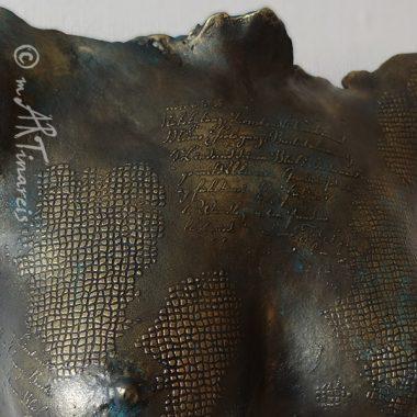 Detail der patinierten 3D Oberfläche