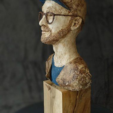 Mark Forster - Plastik aus Pappmache, ca 25 cm hoch ohne Podest