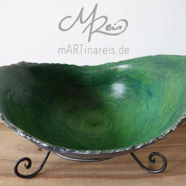 Belly Bowl in green-silver
