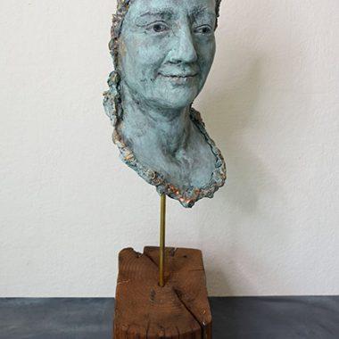 Körperskulptur ´Maria´ - Gesicht in blau/gold Patina