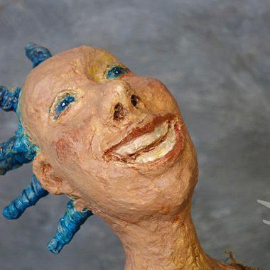 ´Sterneguckerin´ - Detail - Kopf aus Pappmaché